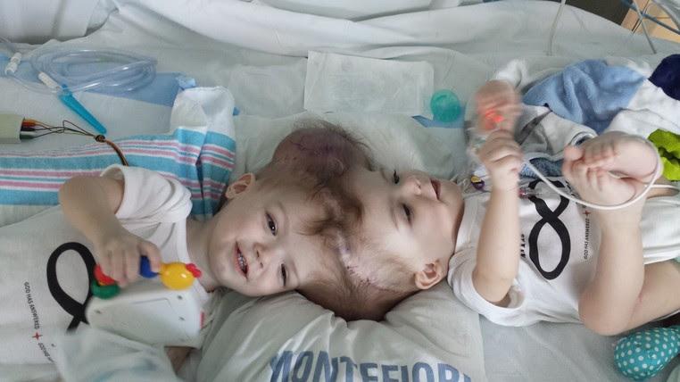 Anias e Jadon McDonald nasceram há pouco mais de 1 ano (Foto: Nicole McDonald/Reprodução/Facebook)