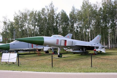 Sukhoi T-58L 11 red