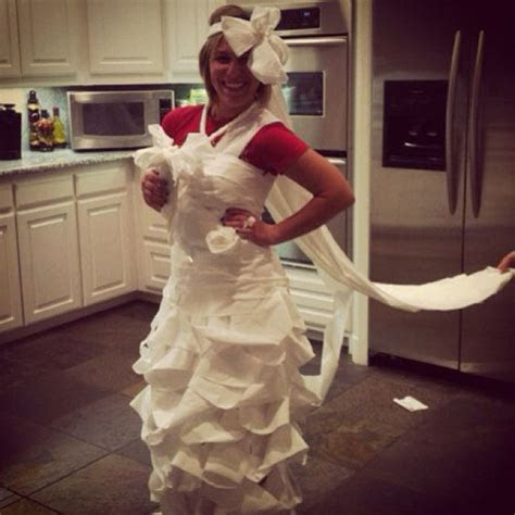 Toilet paper wedding dress game for bridal shower fun!! My