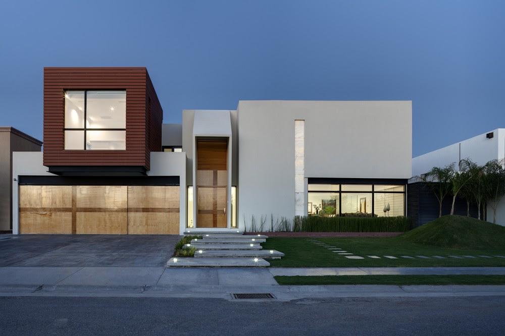 Casa cubo arquitectura en movimiento tecno haus for Casa minimalista arquitectura