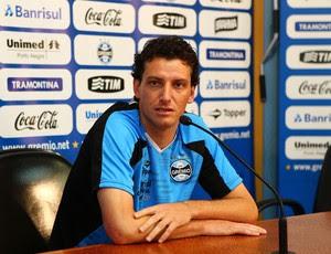 Entrevista coletiva de Elano (Foto: Lucas Uebel / Grêmio, DVG)