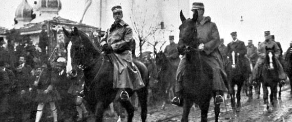 O βασιλιάς Γεώργιος ο Α' και ο Διάδοχος Κωνσταντίνος ενώ εισέρχονται στη Θεσσαλονίκη | Photo 12 via Getty Images