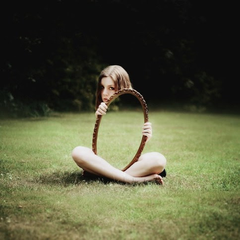 self-portraits-by-laura-williams