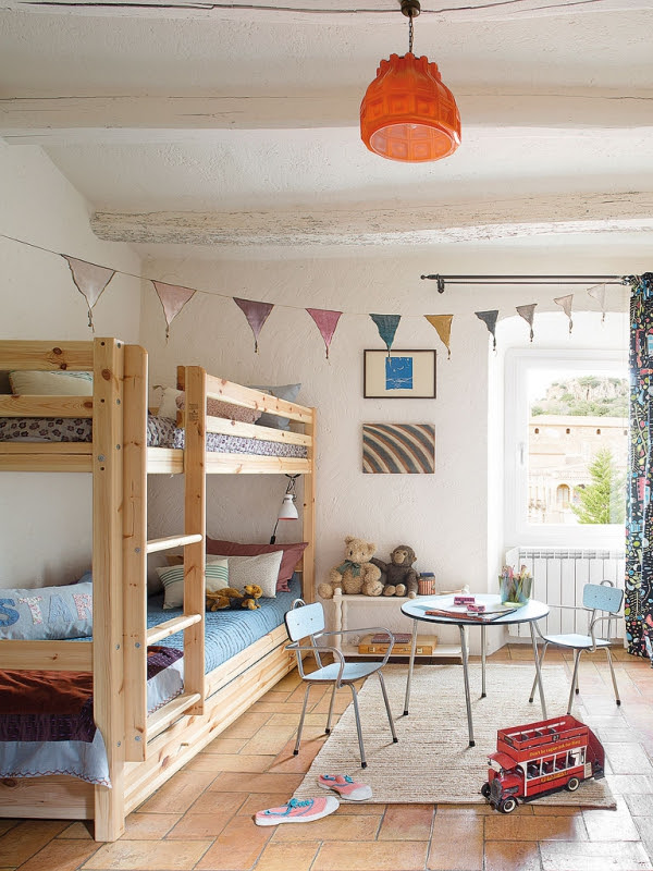 romantic-dwellings-rustic-charm-with-a-feminine-touch-8