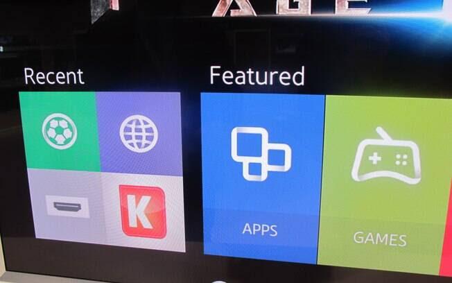 Principal menu de acesso do Tizen fica na parte inferior da tela. Dois agrupamentos de atalhos ficam intercalando: Featured e Recents. Foto: Emily Canto Nunes/iG São Paulo