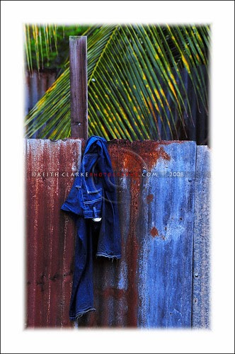 Hung Pants