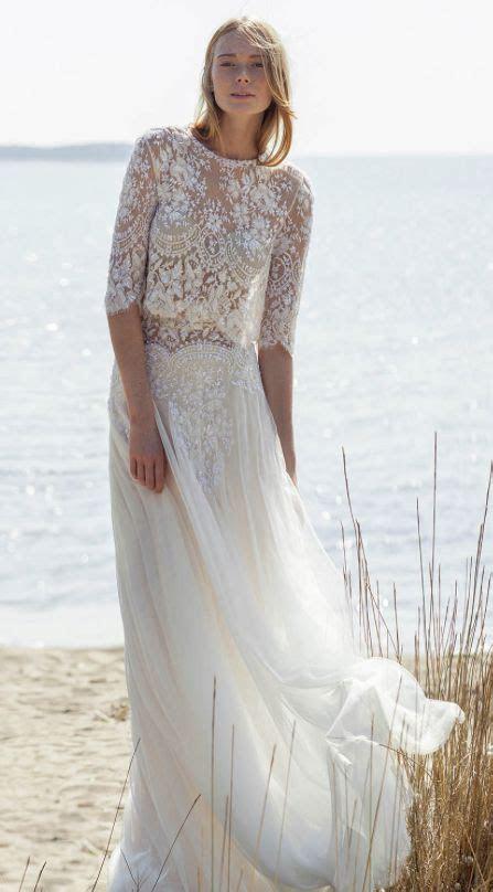 31 Delicate And Chic Flowy Wedding Dresses   Weddingomania