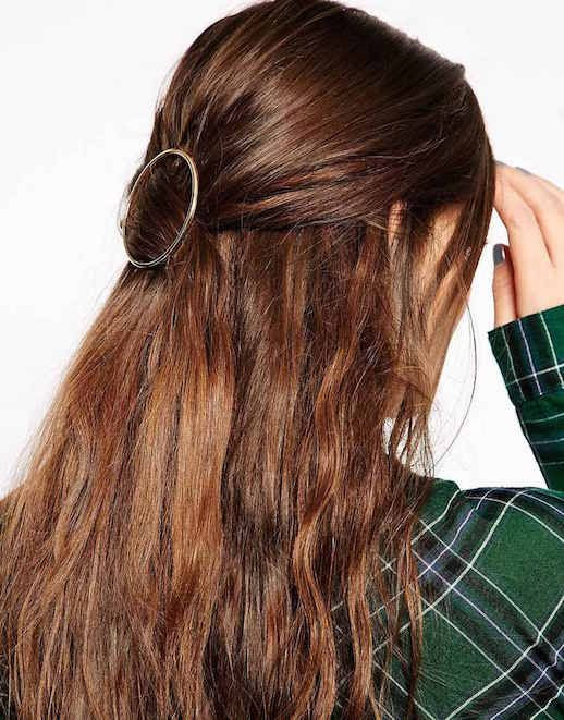 Le Fashion Blog 15 Ways To Wear Round Circle Hair Clip Pin Accessory Hairstyle Loose Wavy Half Up Do Brooch Plaid Shirt Via Asos