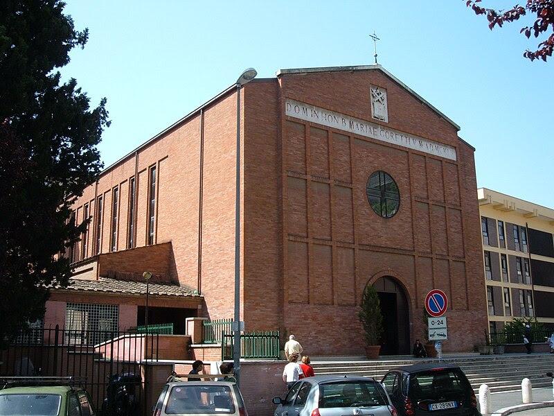 File:Q17 Trieste - Chiesa S. Maria Goretti 1.JPG