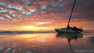 Barco en el Triángulo de las Bermudas