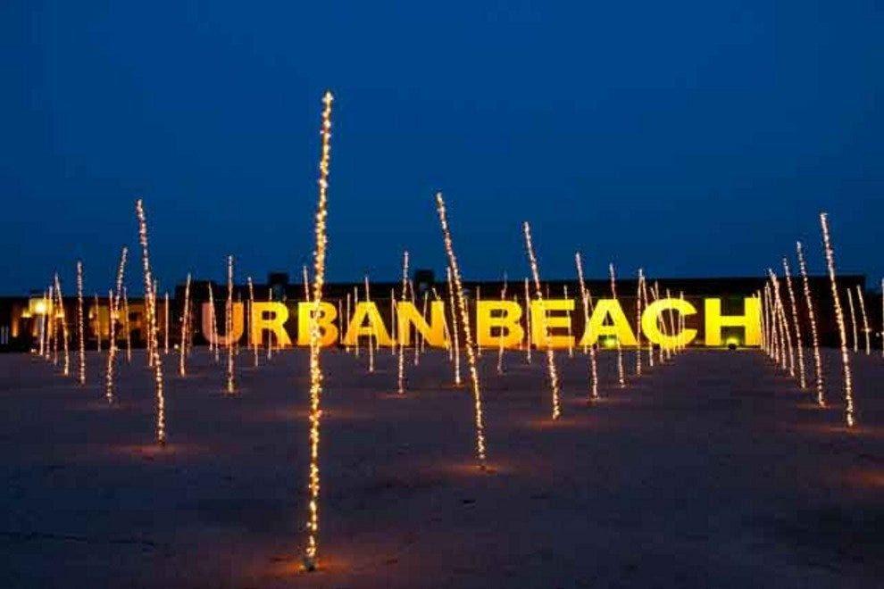 Resultado de imagem para urban beach