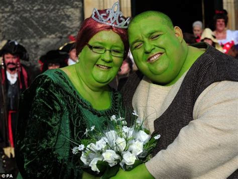 Are you green with envy? Couple dress up as Shrek and