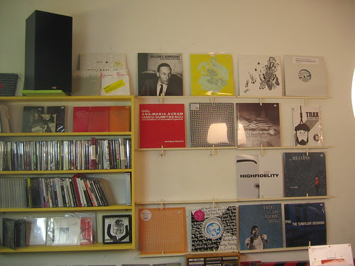 a-Musik on the shelves 2009-02-27