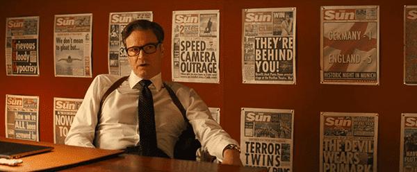 Atrás Gallahad são as capas de jornais após Kingsman conseguido algo importante - e eles são todas as histórias sensacionalistas estúpidas, que não têm nada a ver com eles.  A mídia é usada para distrair as massas enquanto eles são mantidos no escuro da verdade.