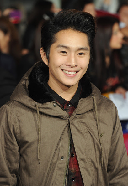 Justin Chon - The Premiere of 'Breaking Dawn'