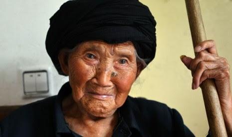 Banyak Wanita China Yang Hidup Lebih 100 Tahun