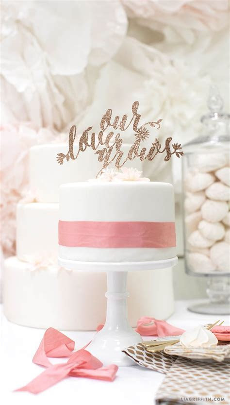 1000  images about D I Y ? cake toppers on Pinterest