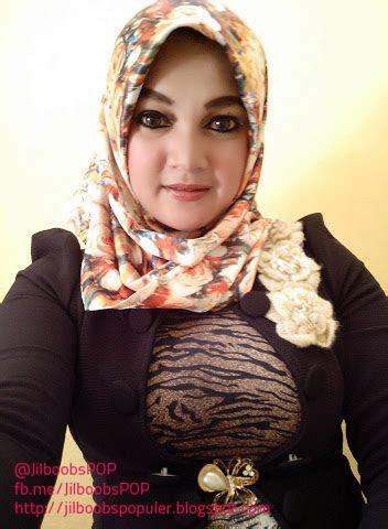 foto hijaber toket montok bikin merangsang jilboobs