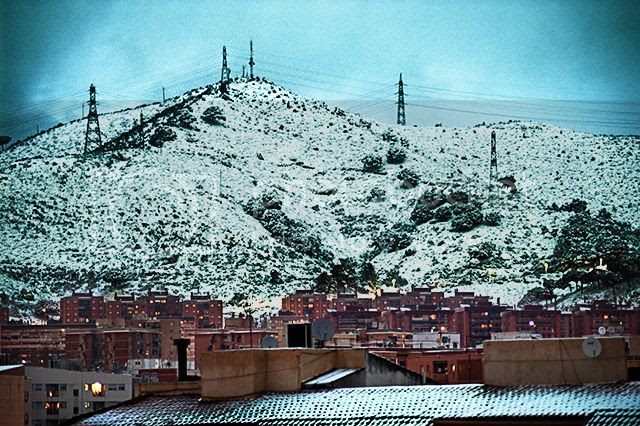 Snowing in Barcelona [enlarge]