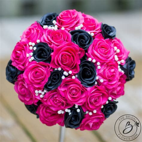 Fuchsia pink and black bouquet with pearls ? The Bridal