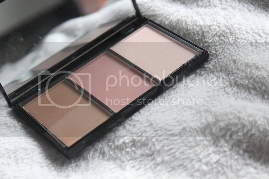 photo IHEARTMAKEUP-3blushes.jpg