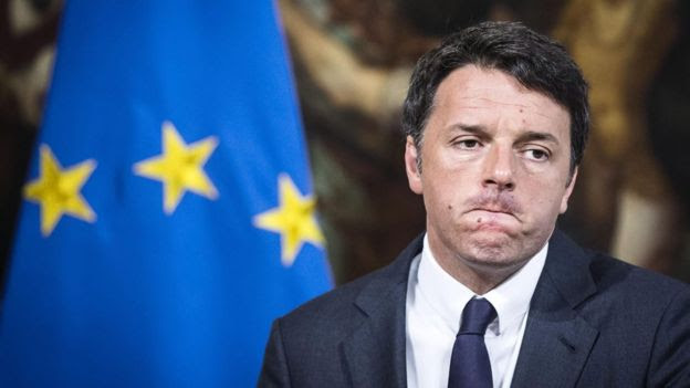 Matteo Renzi in front of an EU flag
