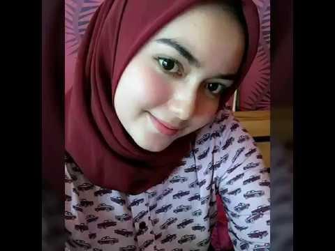 Ide Cewek Manis, Video Foto Cantik Ber Jilbab paling populer!