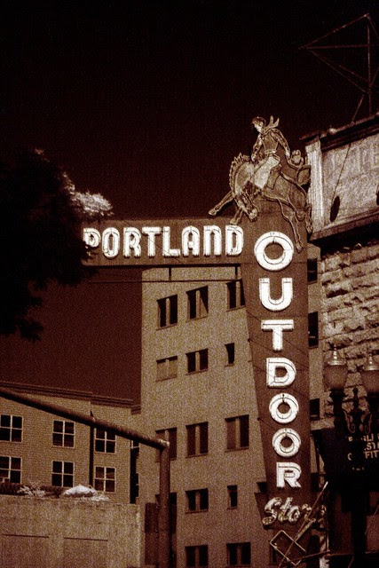 portland outdoor store (infrared)