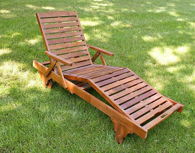 Wooden chaise lounge simple home decoration for Another name for chaise lounge