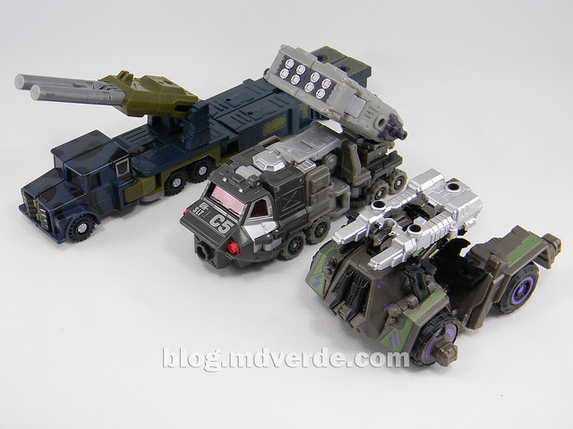 Transformers Onslaught Generations Fall of Cybertron - SDCC Exclusive - modo alterno vs G1 vs Universe