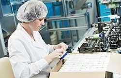 Revisão foi conduzida pelo GT sobre Indústria Farmacêutica, visando ao aprimoramento da regulamentação das atividades do RT no setor