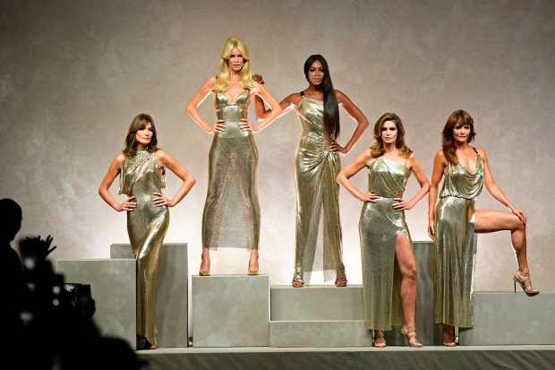 Carla Bruni, Claudia Schiffer, Naomi Campbell, Cindy Crawford and  Helena Christensen.(Miguel Medina, AFP Getty)