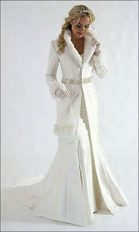 WINTER BRIDAL GOWNS   Guest wedding winter dress : What to