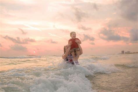 Creative Beach Photography   LJennings Photography