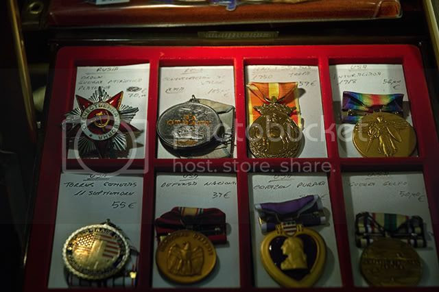 USSR and US Medals at Antique Shop,Barcelona [enlarge]