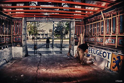 En etapa de restauración. by Alejandro Bonilla