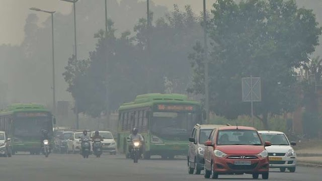 प्रदूषण से उत्तर भारत की हवा हुई और जहरीली, दिल्ली में स्थिति 'गंभीर', आनंद विहार में AQI स्तर 800 के पार