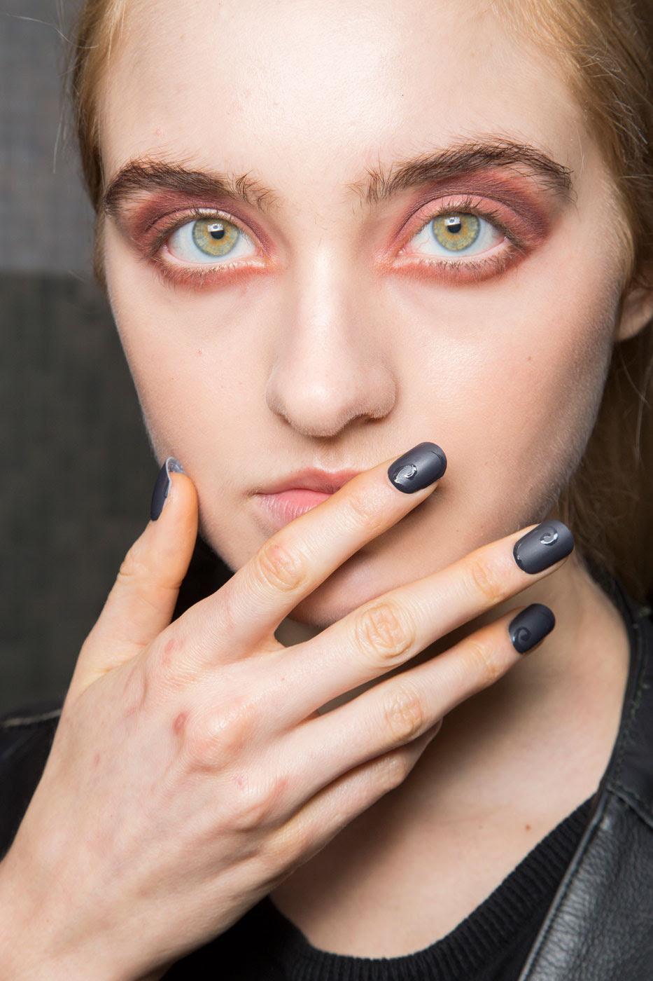 Antonio Marras Fall 2015   The Latest Nail Art Trends ...