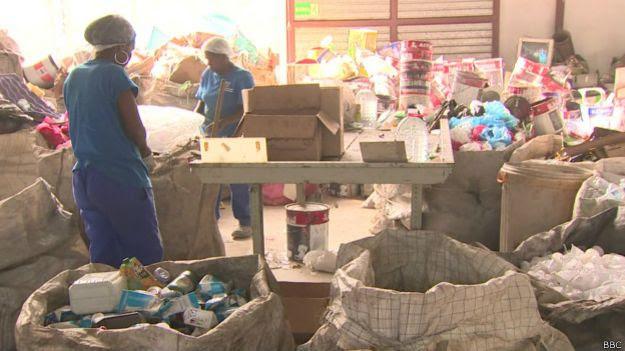 catadoras no polo de reciclagem