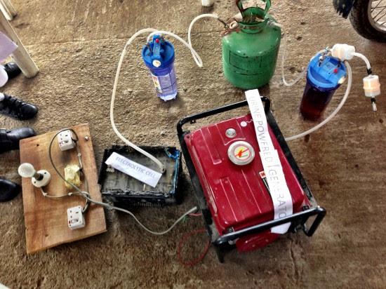 motor de orina, motor de pis, motor, Maker Faire Africa