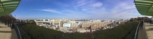 港の見える丘から港が見える