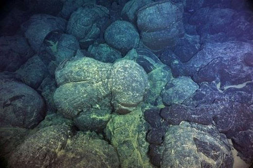 pillow lava, coussins de basalte