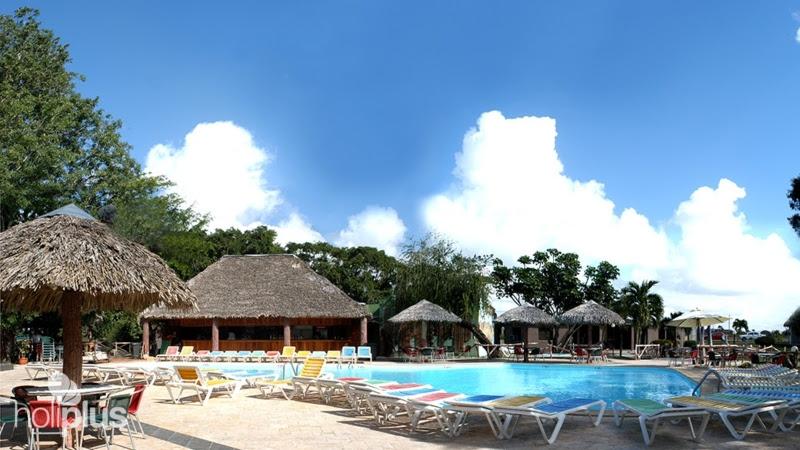 1119-cubanacan-los-caneyes-hotel.jpeg