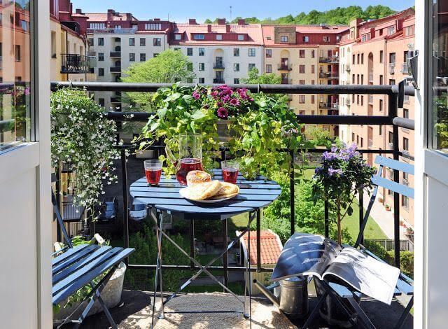 Low Budget Balcony Garden mod