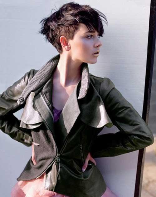 Model Potongan Rambut Wanita Tomboy