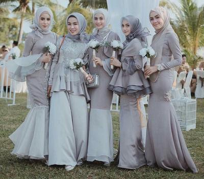Ini Lho Pilihan Atasan Brokat Hijab Kekinian yang Lagi
