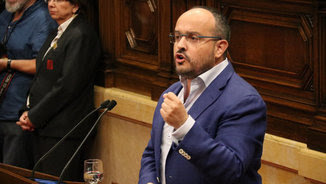 Alejandro Fernández, del PPC, durant la seva intervenció en el debat de política general (ACN)