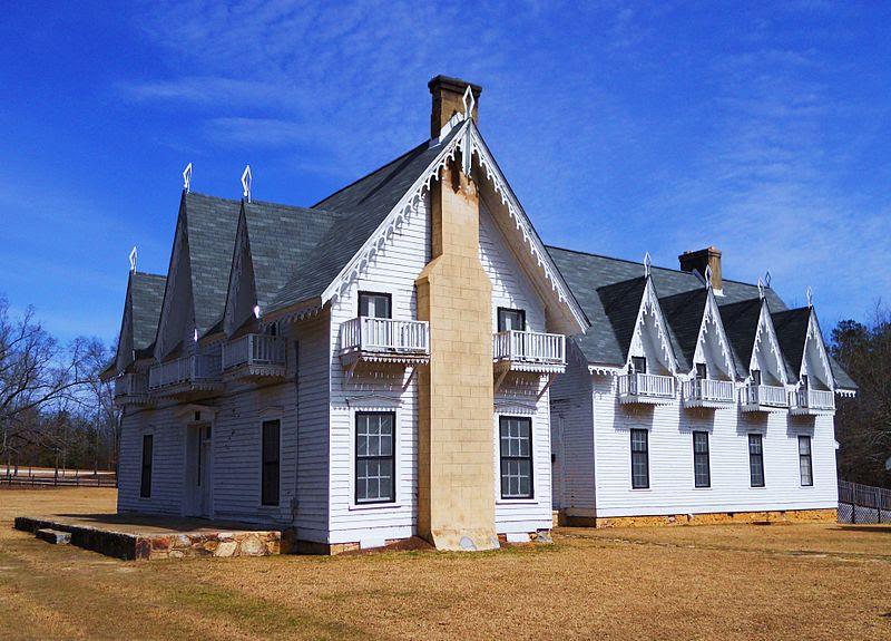 File:Spring Villa in Opelika Alabama.JPG