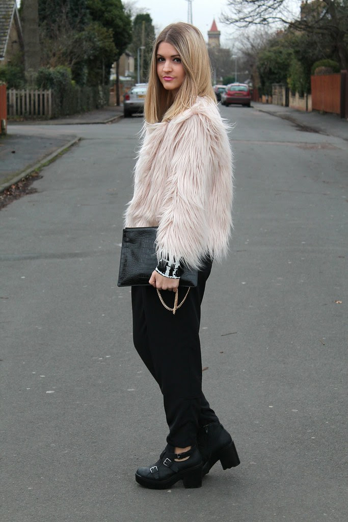 Missguided Fur Coat OOTD