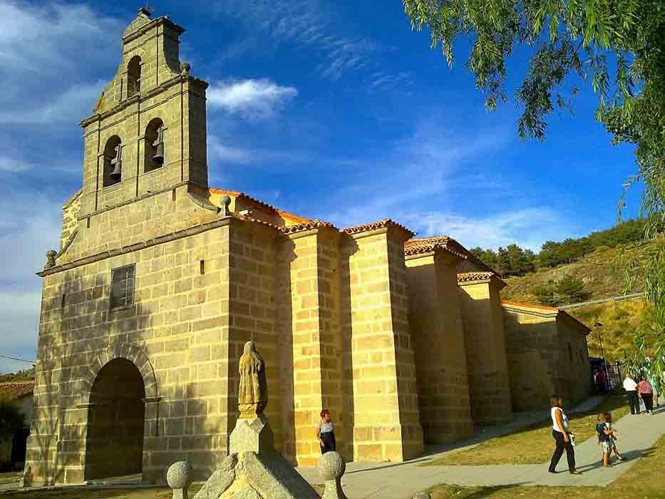 Resultado de imagen de Ermita de la virgen de las fuentes